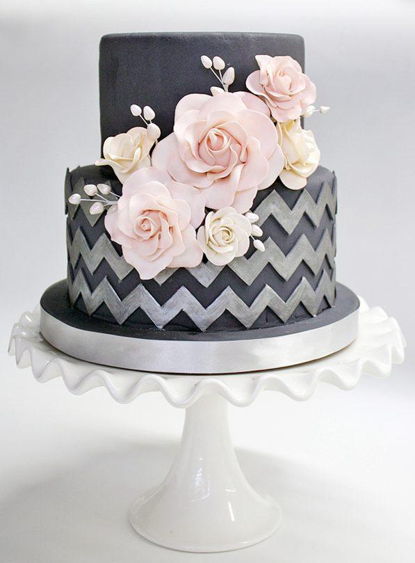 черный свадебный торт