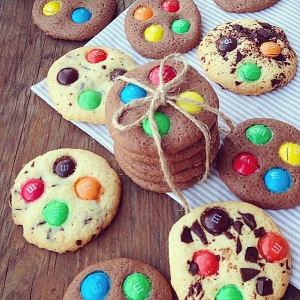 Печенье с М&М