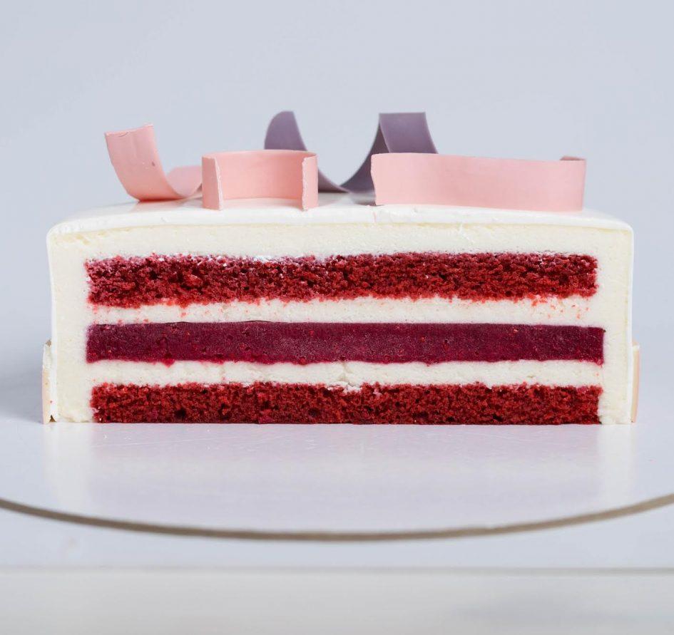 Торт муссовый красный бархат