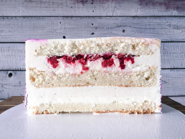medovo-malinovyi tort