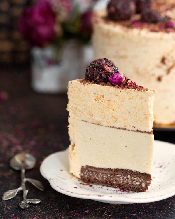 Абрикосово-арахисовый торт