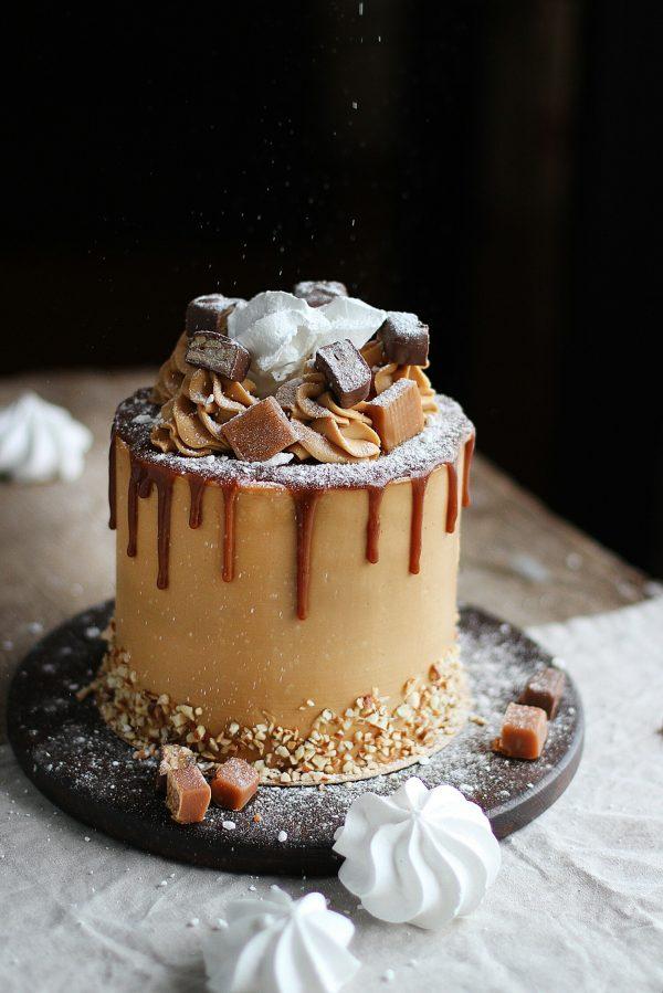 морковно-карамельный торт