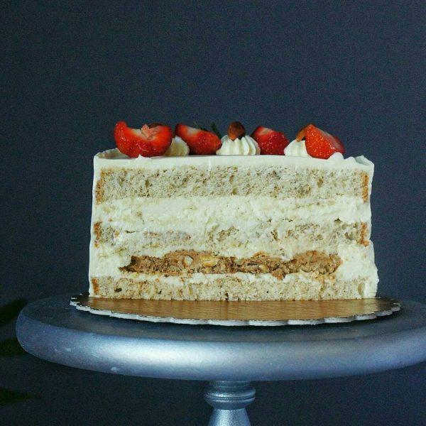 Кокосово-миндальный торт
