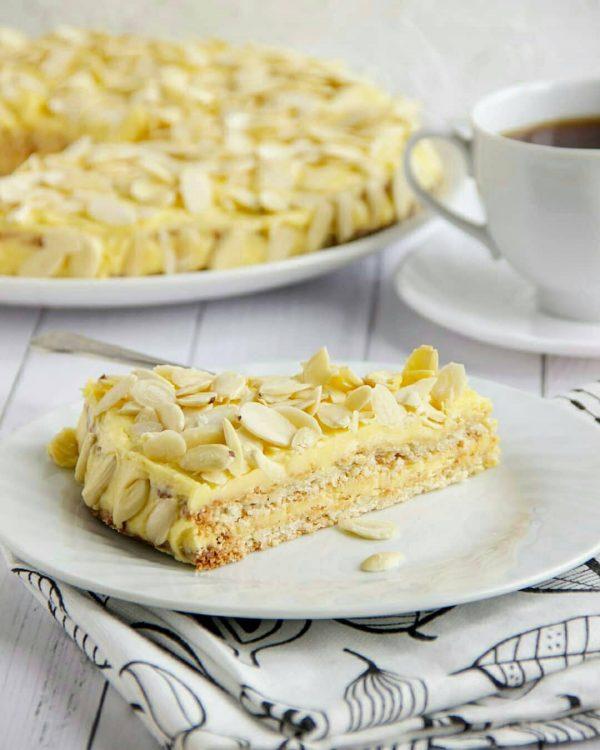 миндальный торт, миндальный торт из Икеа